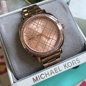 NWOT Michael Kors Nia Rose Gold Watch